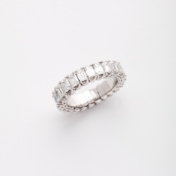 picchiotti expandable diamond ring emerald cut