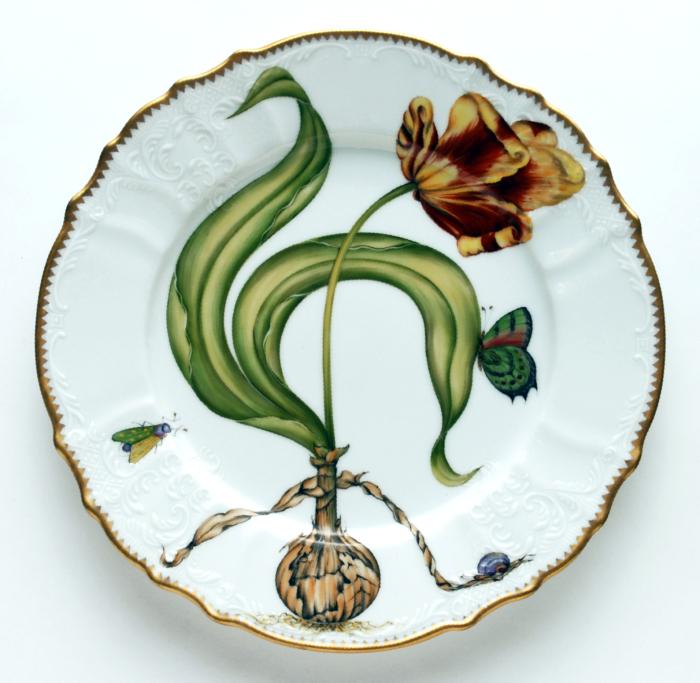 Flowers Of Yesterday Dinner Plate Elizabeth Bruns Inc