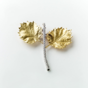 Poplar Leaf Gold and diamond brooch