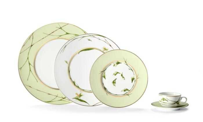 Jardin De Flore (Envie Shape) Tea Cup And Saucer